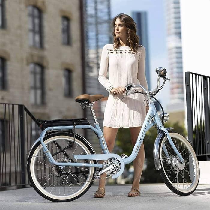 Envie d'acheter un nouveau vélo électrique sur Chambéry ? Rendez-vous avec notre équipe de professionnel au 188 Avenue du Comte Vert, à Chambéry.