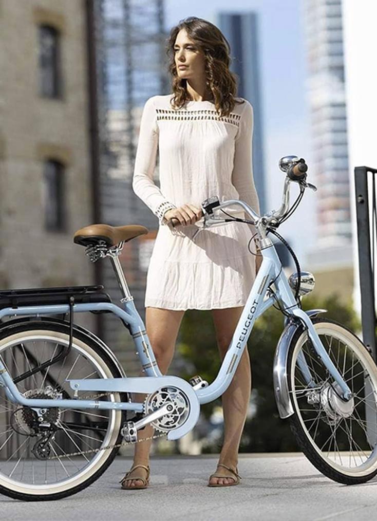 C Mobilités, marchand de cycles à Chambéry, commercialise les vélos de ville, les VTT et les vélos électriques des meilleures marques du marché.