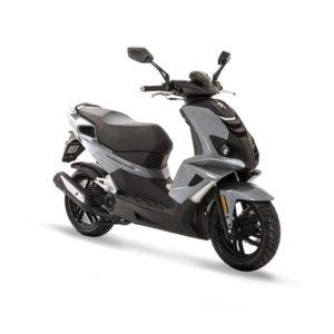 À la recherche d'un scooter sportif ? Découvrez le Speed Fight 4 de chez Peugeot Motocycles disponible chez C Mobilités, à Chambéry.