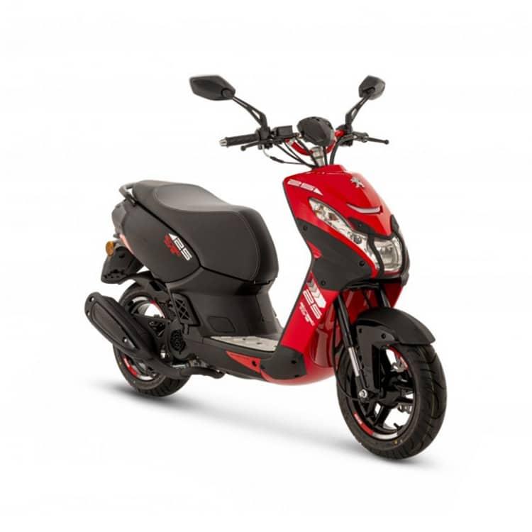 À la recherche d'un scooter au caractère sportif ? Découvrez le StreetZone Naked de chez Peugeot Motocycles chez C Mobilités, à Chambéry.