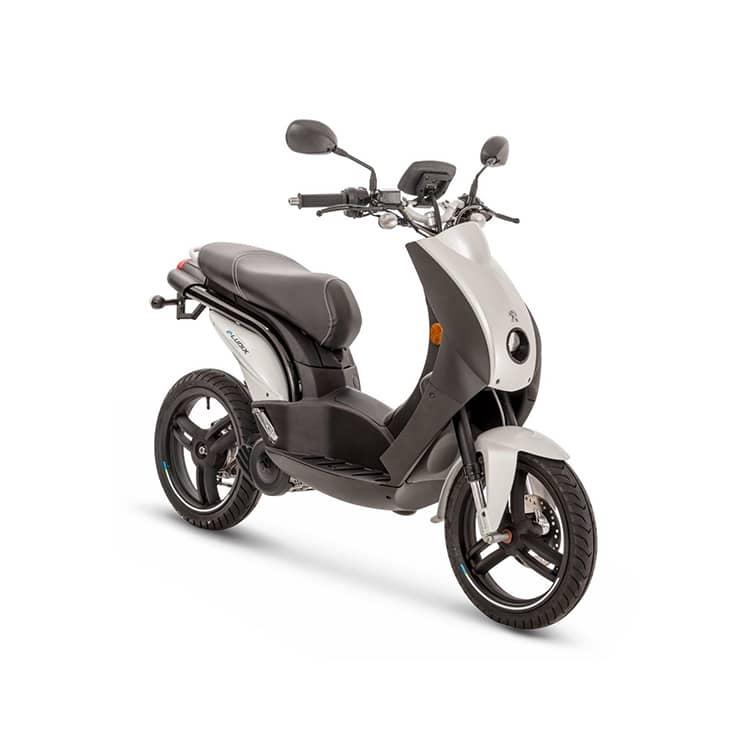 À la recherche d'un scooter urbain électrique ? Découvrez l'e-Ludix de chez Peugeot Motocycles disponible chez C Mobilités, à Chambéry.