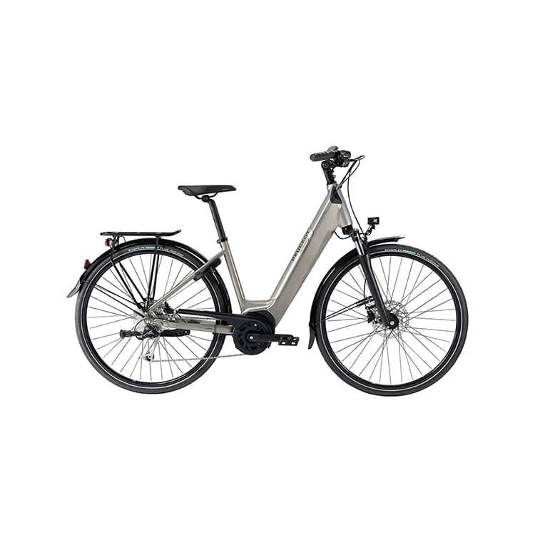 À la recherche d'un vélo électrique polyvalent ? Découvrez l'eC01 PowerTube Crossover de chez Peugeot Cycles dans notre boutique C Mobilités.