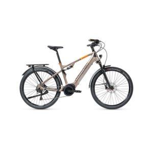 À la recherche d'un vélo électrique polyvalent ? Découvrez l'eT01 FS CrossOver de chez Peugeot Cycles dans notre boutique C Mobilités, située à Chambéry.