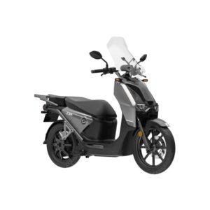 À la recherche d'un scooter électrique ? Découvrez le CPx de chez Super Soco disponible chez C Mobilités, à Chambéry.